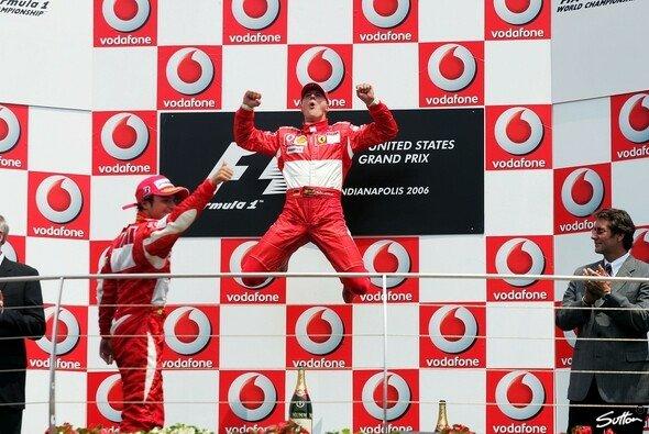 Schumacher durfte wieder jubeln. - Foto: Sutton