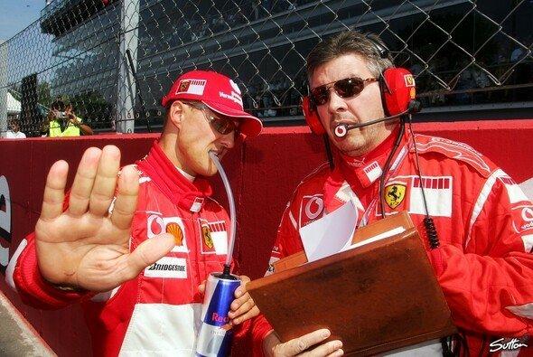Michael Schumacher gewann zusammen mit Ross Brawn all seine WM-Titel in der Formel 1 - Foto: Sutton