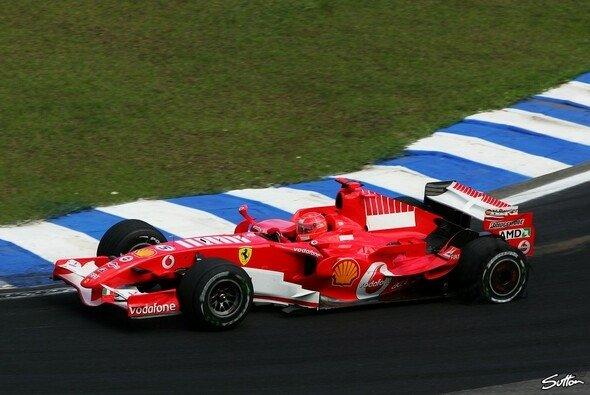 Ein letztes Mal gab Schumacher Gas. - Foto: Sutton