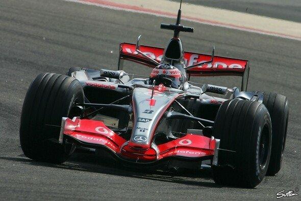 Alonso fuhr die erste Bestzeit. - Foto: Hartley/Sutton