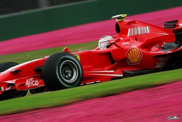 Kimi Räikkönen will den Vorjahreserfolg wiederholen. - Foto: Sutton