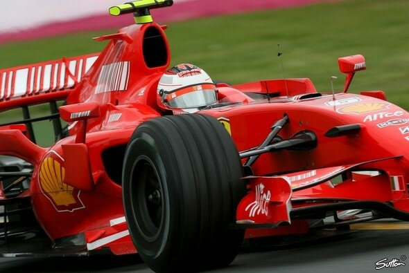 Kimi Räikkönen gab die Pace vor. - Foto: Sutton