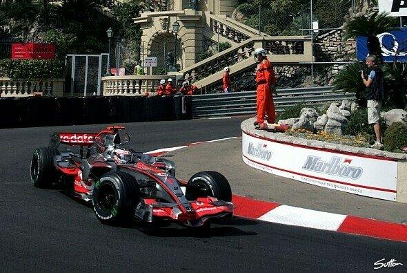 Alonso ist der Schnellste des Donnerstags. - Foto: Sutton