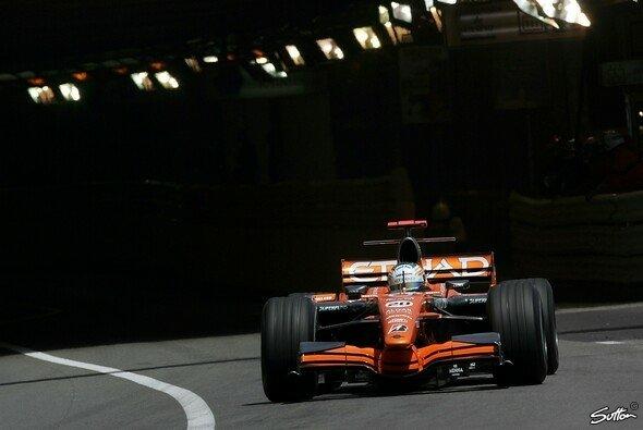 Adrian Sutil fuhr die Regenbestzeit. - Foto: Sutton