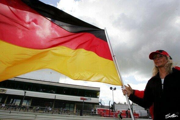 Weht die deutsche Fahne auch am 07. Juli auf dem Nürburgring?