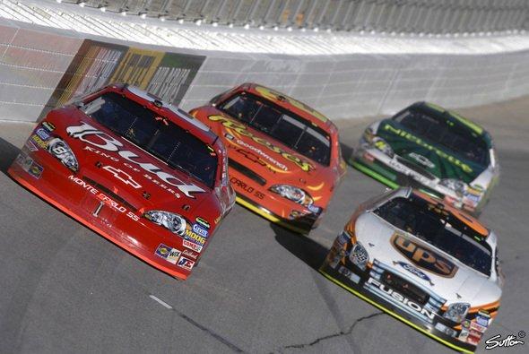 Dale Earnhardt Jr. verpasste den Chase. - Foto: Sutton