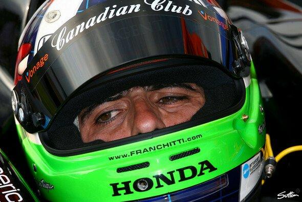 Dario Franchitti fährt jetzt mit Dach - Foto: Sutton