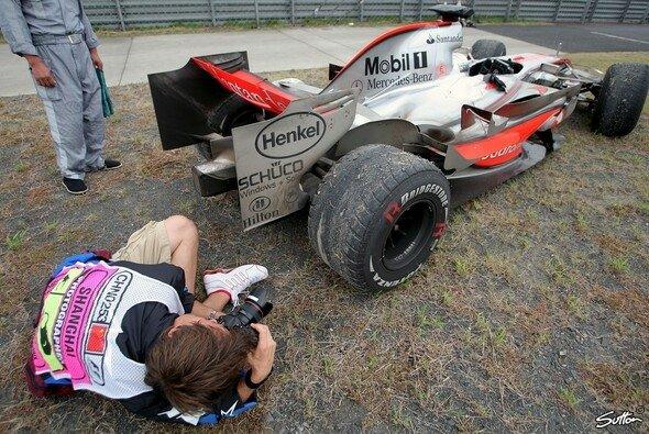 Das muss man sich genau ansehen: war nur der Reifen kaputt? - Foto: Sutton