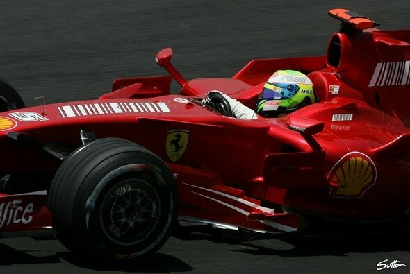 Pole für Felipe Massa. - Foto: Sutton
