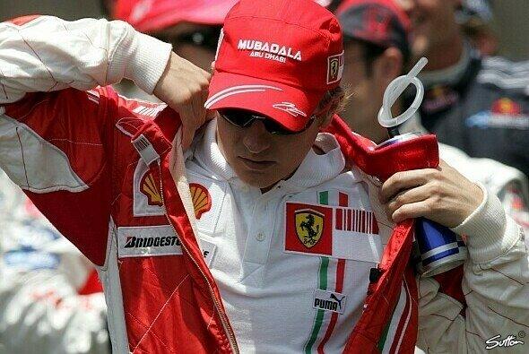 Jacques Villeneuve kann bei Ferraris-Fahrerpaarung 2014 nur den Kopf schütteln.
