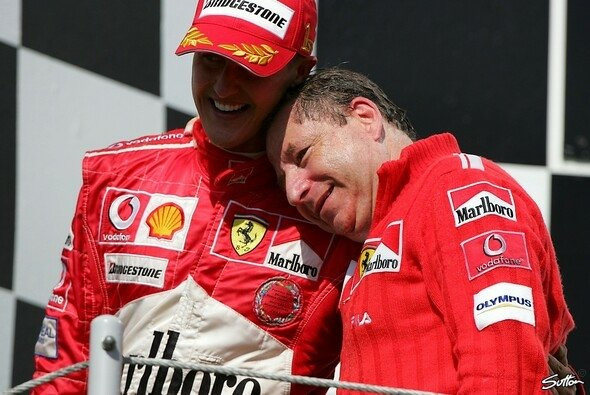 Jean Todt fordert mehr Zurückhaltung im Umgang mit Michael Schumachers Privatsphäre - Foto: Sutton