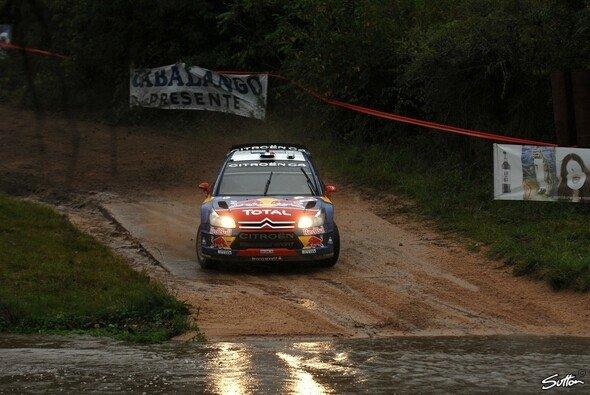 Sébastien Loeb kam mit den schwierigen Bedingungen am Besten zurecht. - Foto: Sutton