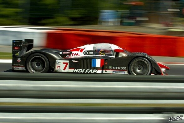 Jacques Villeneuve hat wieder gewonnen. - Foto: Sutton