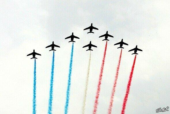 Wann darf die Fliegerstaffel der französischen Marine wieder die Tricolore in den Himmel über der F1-Startaufstellung brennen?