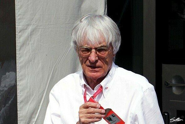 Bernie Ecclestone würde den Deutschland-GP vermissen - Foto: Sutton