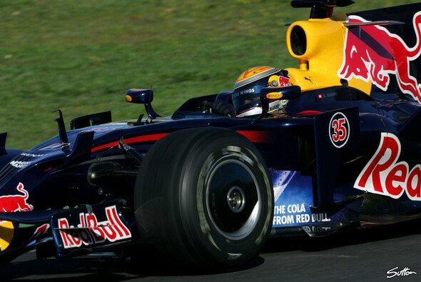 Buemi bleibt in der Red Bull Familie - Foto: Bumstead/Sutton