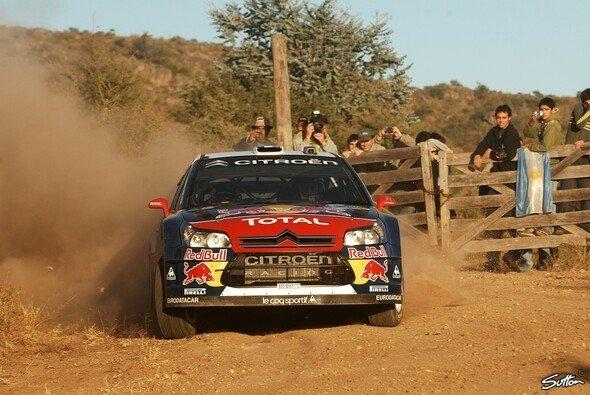 6 von 9 Bestzeiten: Sébastien Loeb dominierte wieder einmal das Geschehen. - Foto: Sutton