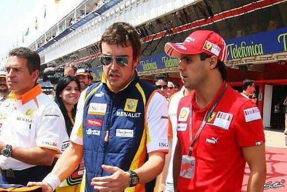 Felipe Massa hegt einen Verdacht - Foto: Sutton