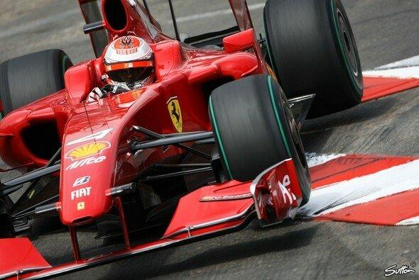 Kimi Räikkönen will gewinnen. Immer! Darum war er mit seinem ersten Podestplatz der Saison auf Rang drei auch nicht zufrieden. - Foto: Sutton