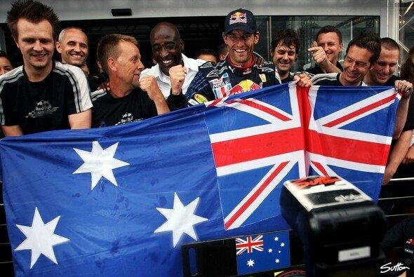 Ein Tag, den Mark Webber nie vergessen wird. - Foto: Sutton
