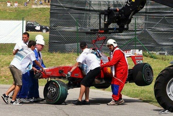 Felipe Massa hatte einen schweren Unfall. - Foto: Sutton