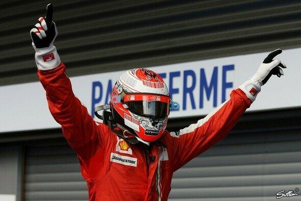 Kimi Räikkönen übernimmt das zweite Ferrari-Cockpit - Foto: Sutton
