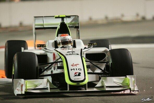 Rubens Barrichello arbeitete am Rennsetup. - Foto: Sutton