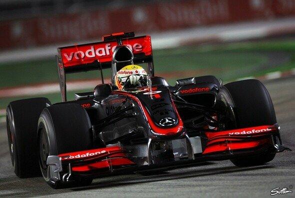 Lewis Hamilton startet von der Pole. - Foto: Sutton