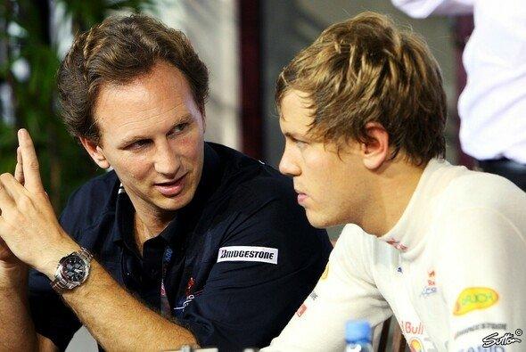 Vettel und Horner wollen die Strafe noch einmal genau analysieren - Foto: Sutton