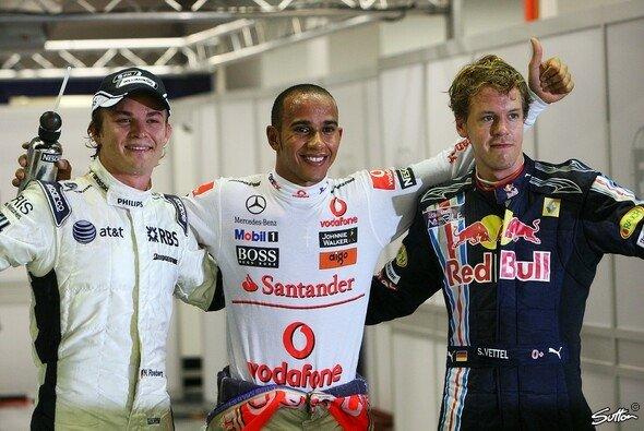 Lewis Hamilton hat mehr Benzin im Tank als Vettel und Rosberg. - Foto: Sutton