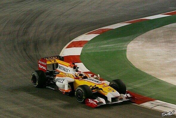 Fernando Alonso fuhr aufs Podest. - Foto: Sutton