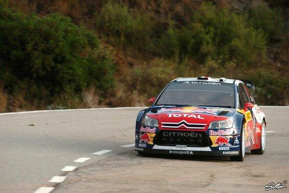 Sébastien Loeb wartet seit fünf Monaten auf einen Sieg. - Foto: Hardwick/Sutton