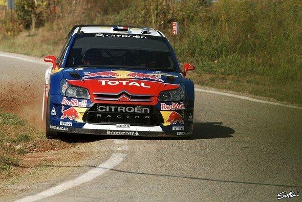 Sébastien Loeb musste heute alles geben, um Daniel Sordo zu überholen. - Foto: Sutton