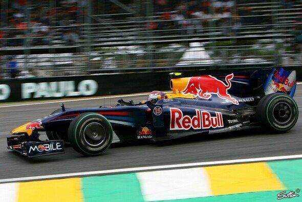Vettels Auto ist randvoll. - Foto: Sutton