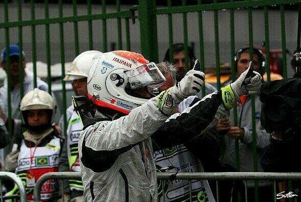 Barrichello holte seine erste Pole seit 2004 - Foto: Sutton