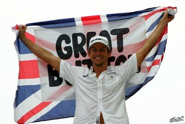 Jenson Button ist Weltmeister 2009. - Foto: Sutton