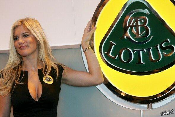 Lotus und Lotus streiten um Lotus - oder so ähnlich - Foto: Sutton