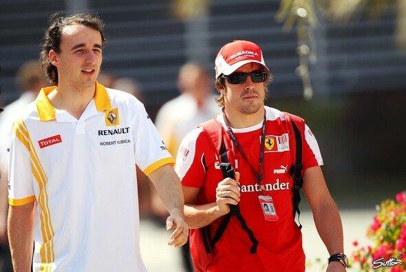 Fernando Alonso ist sich nicht sicher, dass Robert Kubica in die Formel 1 zurückkommt - Foto: Sutton