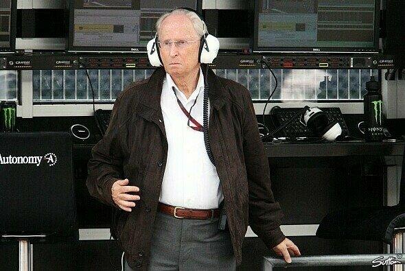 Jürgen Hubbert erinnert sich im Interview an die besten Mercedes-Geschichten - Foto: Sutton