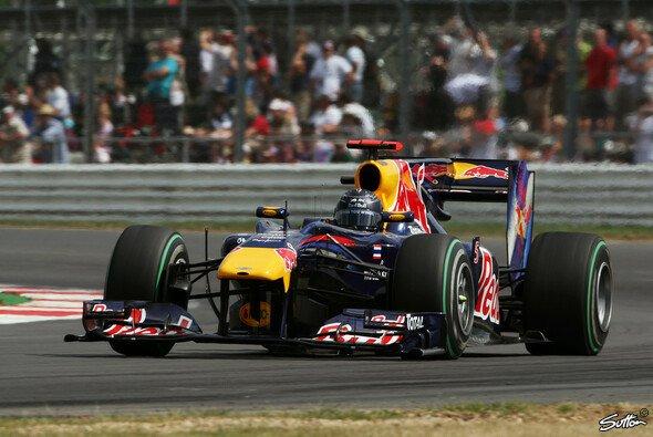 Sebastian Vettel war im Qualifying nicht zu stoppen - Foto: Sutton