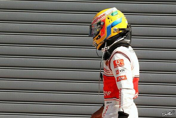Lewis Hamilton musste bald wieder zuschauen - Foto: Sutton
