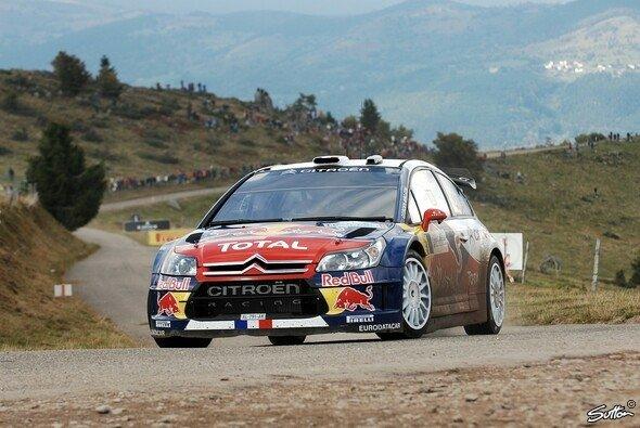 Sébastien Loeb ließ nichts mehr anbrennen und sicherte sich seine 7. Weltmeisterschaft. - Foto: Sutton