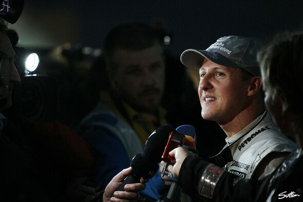 Eddie Jordan hätte einige Fragen an Michael Schumacher - Foto: Sutton