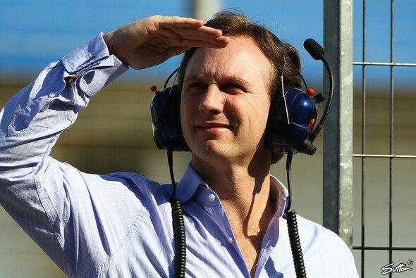 Christian Horner hielt die Absage des ersten GP 2011 für angemessen - Foto: Sutton