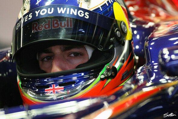 Ricciardo: Wechselhaftes Wetter ein Vorteil - Foto: Sutton