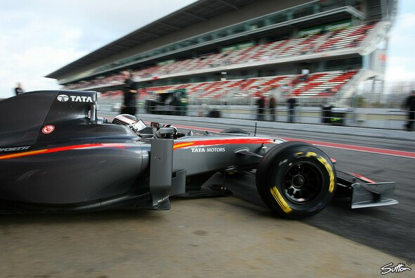 Giorgio Mondini ist zurück in einem F1-Auto - Foto: Sutton