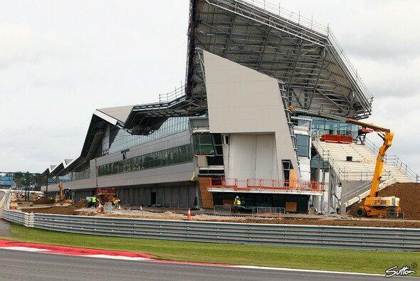 Die neuen Boxen in Silverstone sollen die Formel 1 noch viele Jahre beherbergen