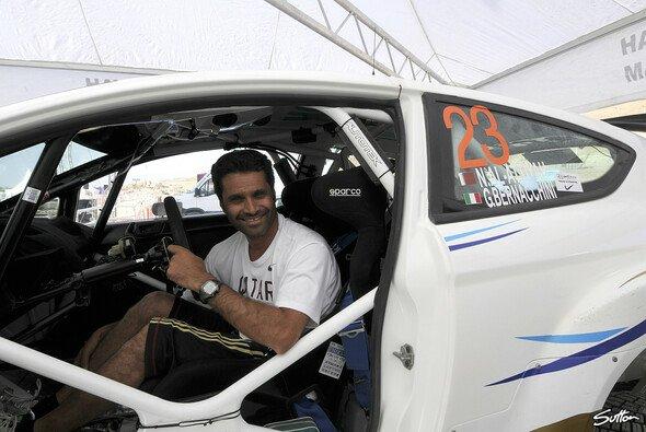 Nasser Al-Attiyah startet 2012 für das Citroen-Werksteam - Foto: Sutton