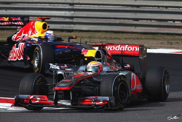Lewis Hamilton gewinnt ein irres Rennen in China