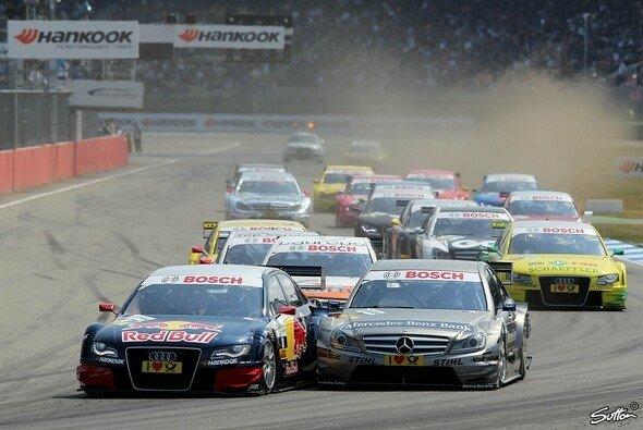 Der große Vergleich: Mercedes vs. Audi - Foto: Sutton